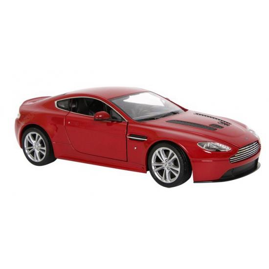 Aston Martin model auto