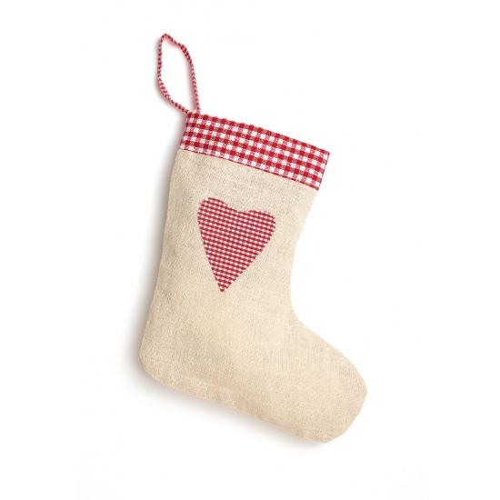 Cremekleurige kerstsok met hart van jute