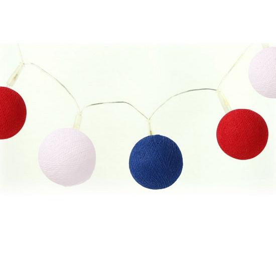 Katoenen balletjes lichtsnoer rood wit blauw