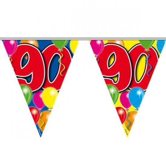 Leeftijd vlaggenlijnen 90 jaar